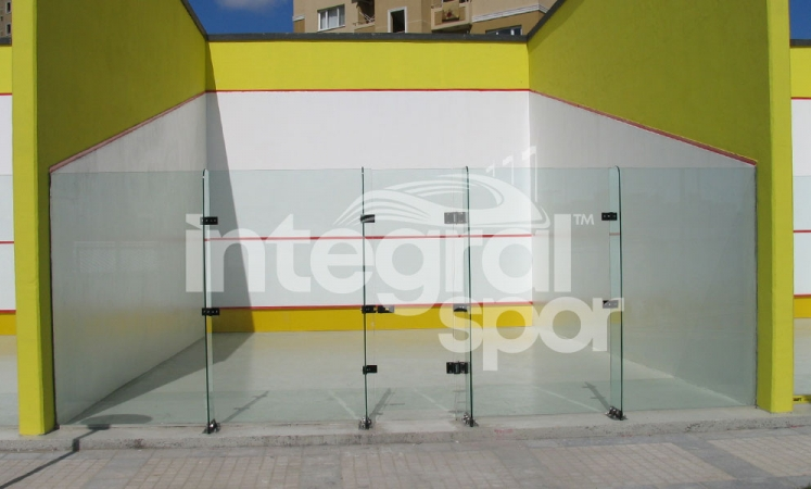 Squash Court Construction and Features